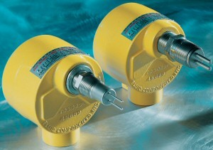 Flow/Level/Temperature Switch For Cooling and Lubricant Monitoring